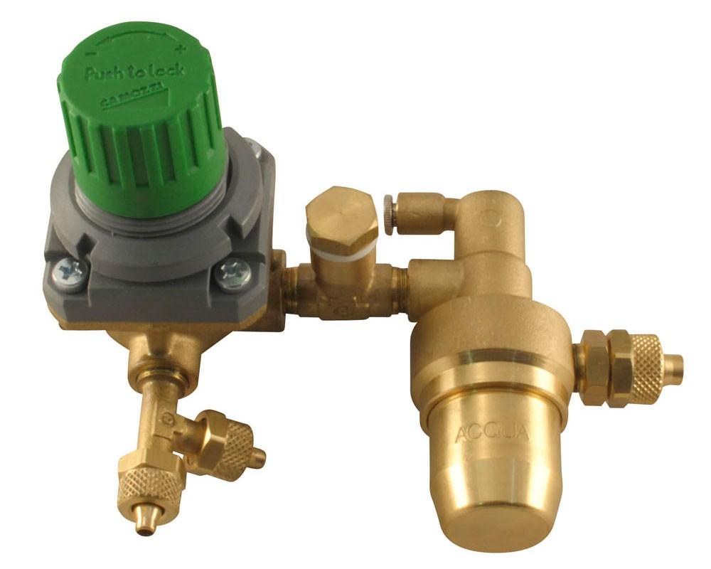 reduktor-vody-v-komplekte-s-klapanom-i-filtrom